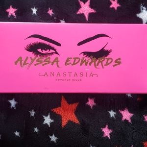 Anastasia Beverly Hills Alyssa Edwards